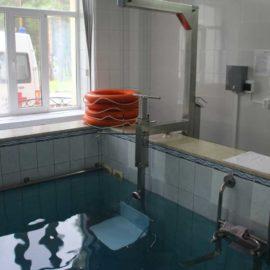 Система вертикального вытяжения позвоночника в бассейне «АИСТ»