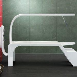 Горизонтальный душ «Vichy Superieure». Настенная модель Unbescheiden