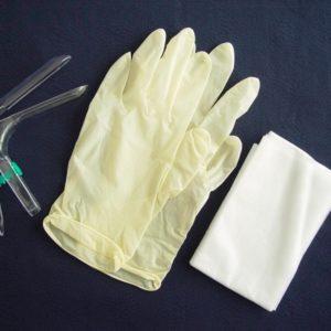 Одноразовый гинекологический набор ФЕМИНА® (зеркало по Куско прозрачное (S-М-L), зонд, салфетка, перчатки, стекла предметные, носки-бахилы одноразовые) стерильный